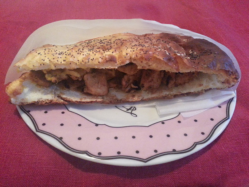 Hardallı Tavuk Sandviç